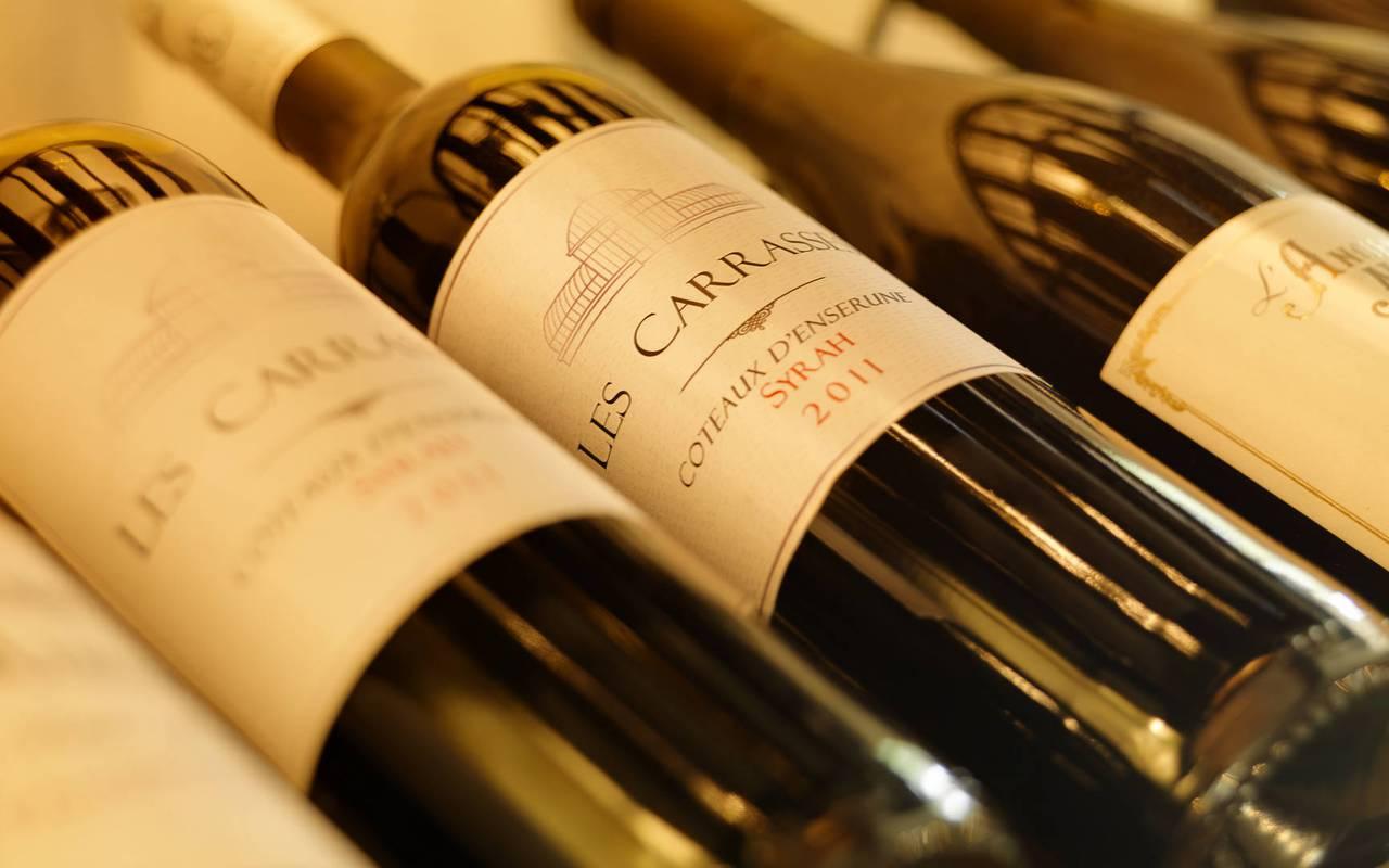bottles, herault vineyard wine tourism, carrasses
