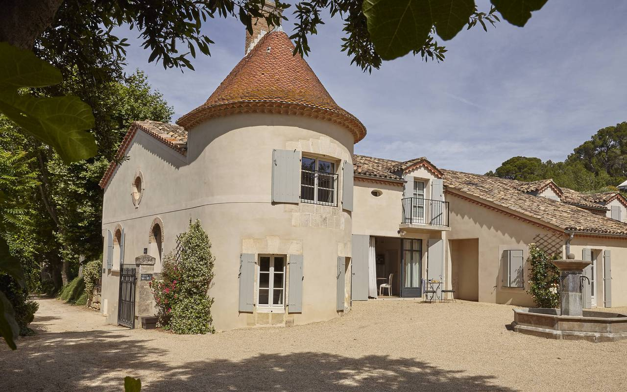 outbuilding of the castle, rental house narbonne, les carrasses
