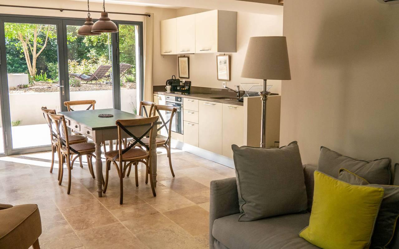 open kitchen, powerhouse rental, château les carrasses