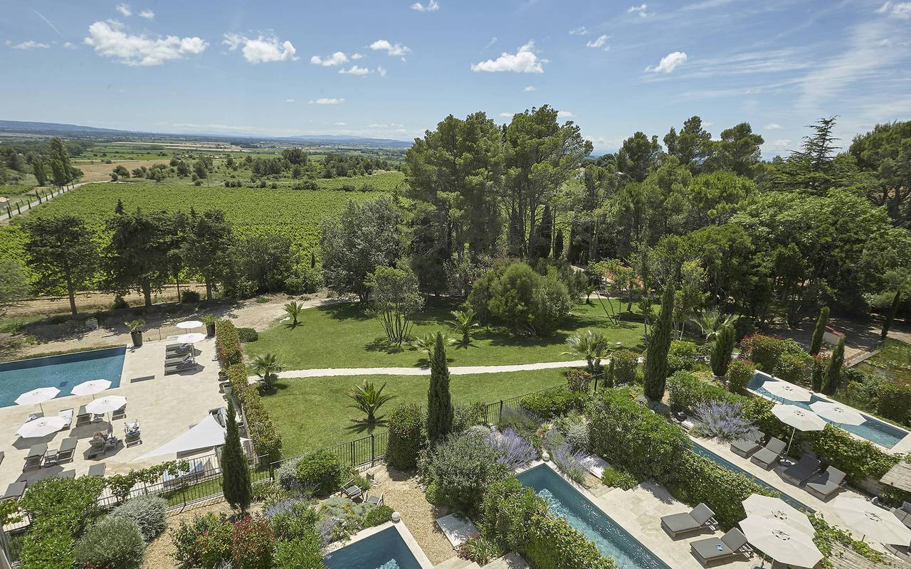 aerial view of the domain, rental house with swimming pool south of france