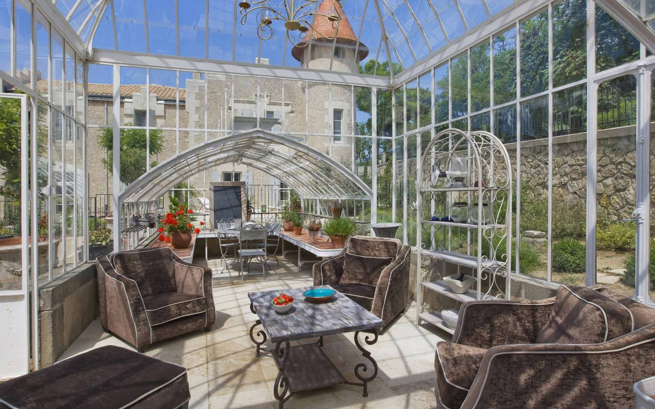 fitted glass roof, hérault house rental, les carrasses castle