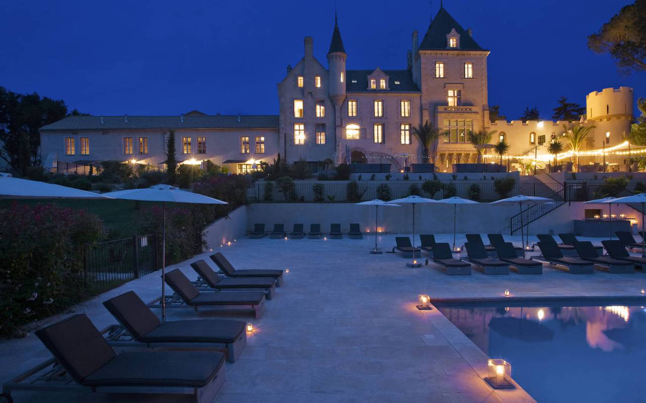 Le château les carrasses by night, herault house rental