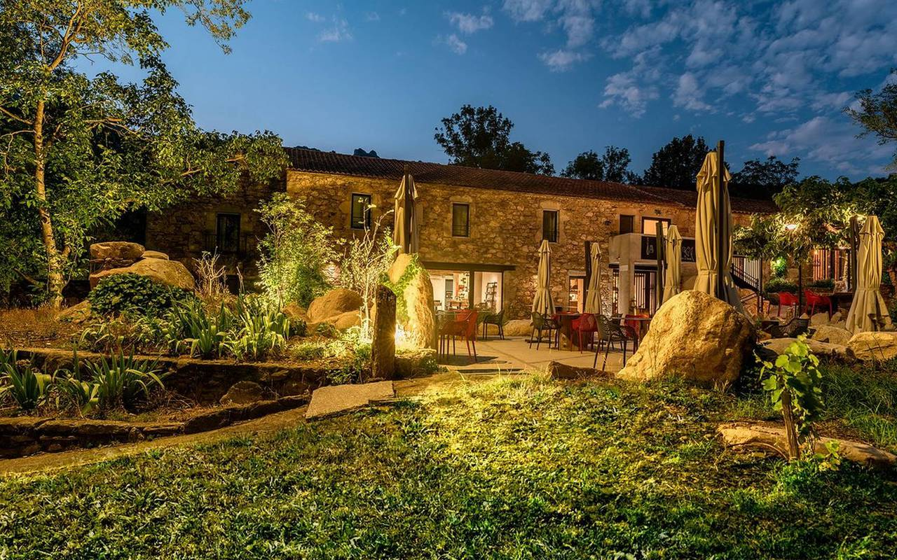 charming restaurant les carrasses unusual night in languedoc roussillon
