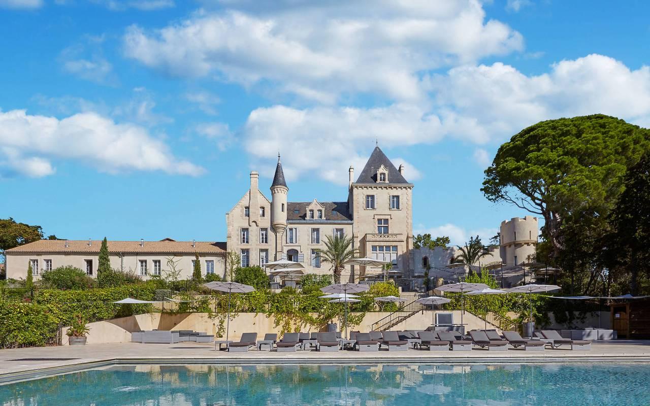 Splendid château hôtel avec piscine près de Narbonne
