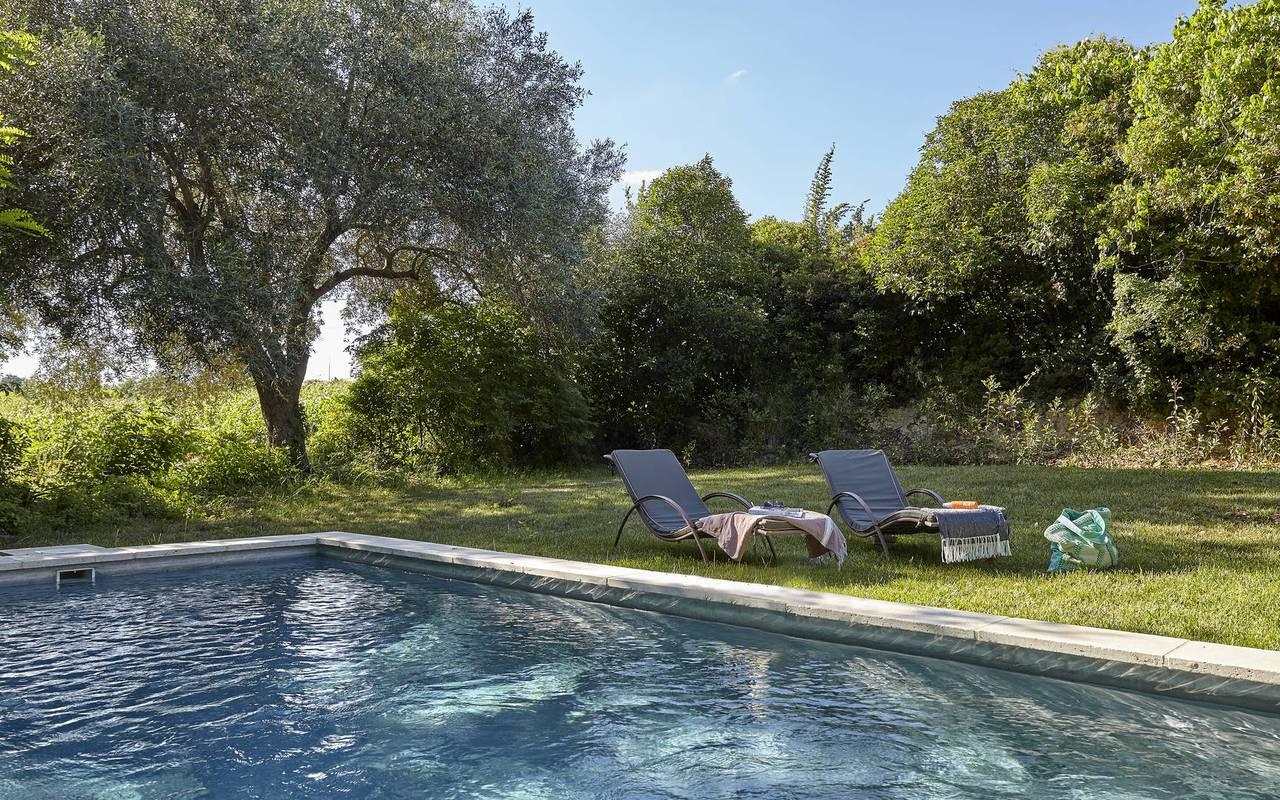 piscine, location maison puisserguier, château les carrasses