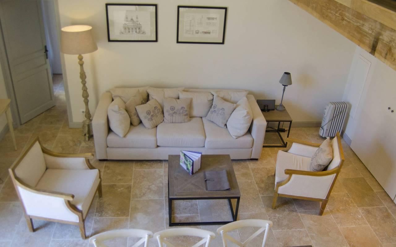 salon confortable, location vacances occitanie, les carrasses
