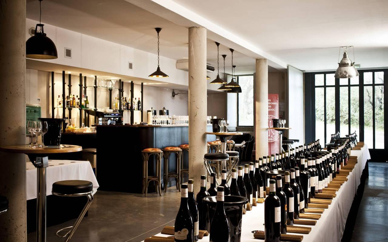 cave et bar, restaurant gastronomique Hérault, les carrasses
