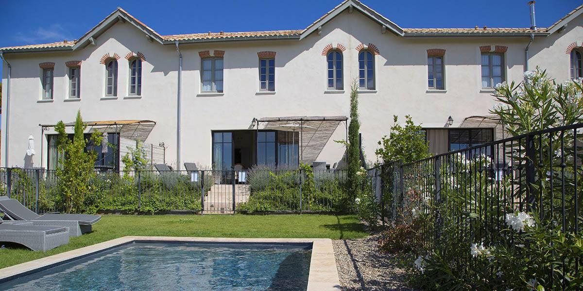 maison avec piscine, villa dans le sud de la France, Les Carrasses