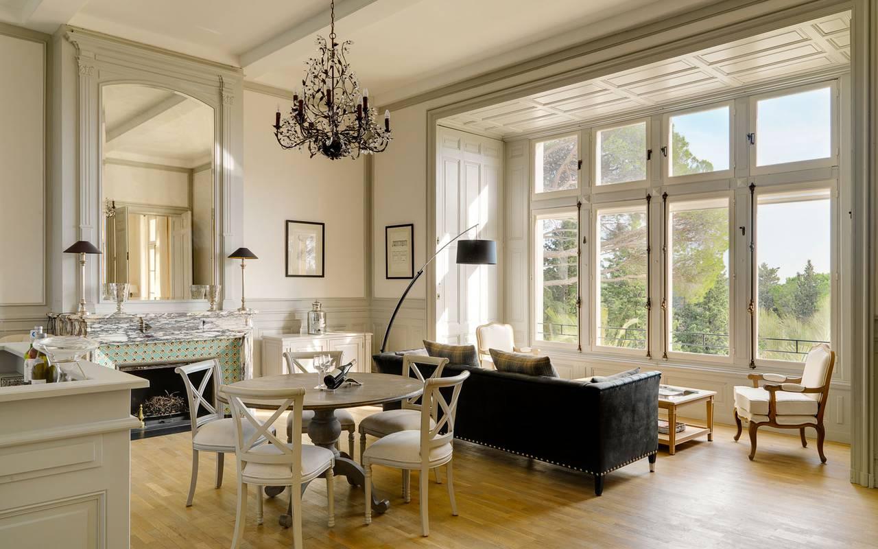 salon lumineux location villa languedoc roussillon