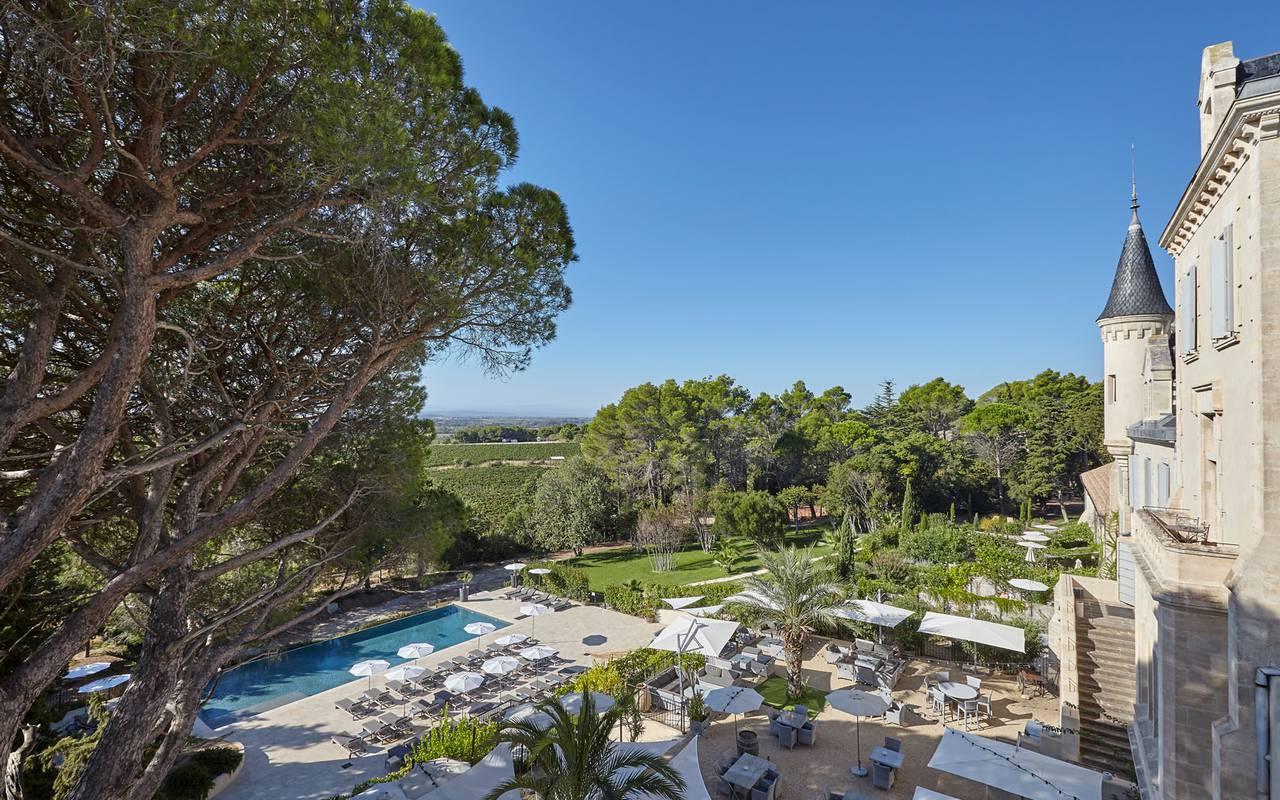 château les carrasses avec piscine location villa languedoc roussillon